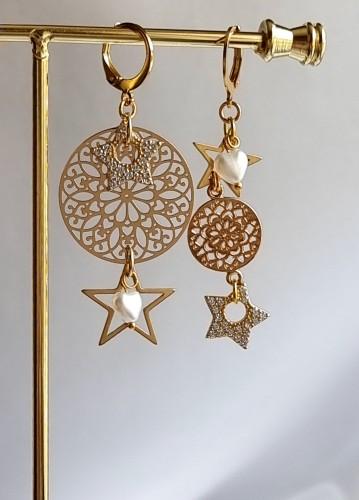 """Stars shine"""